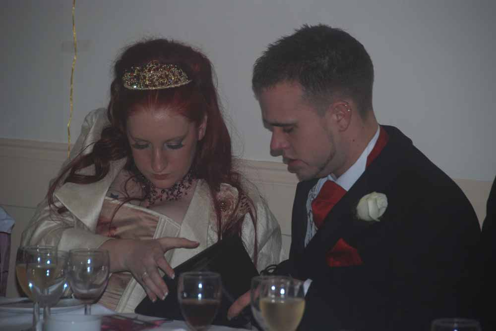 Voorbeelden slechte amateur trouwfoto's