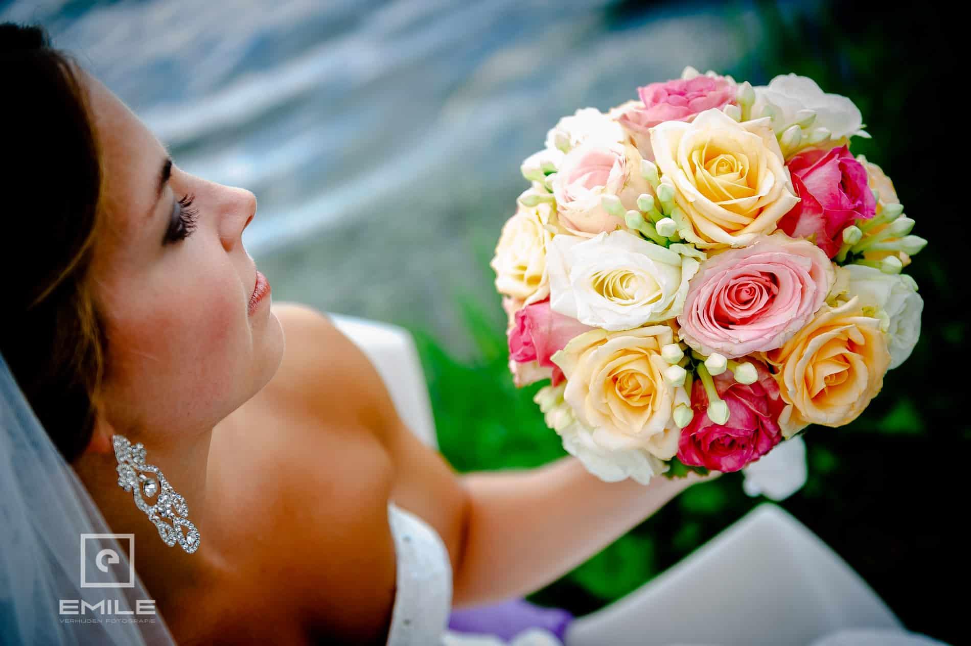 Bruidsfotograaf Roermond bij Sunset Lounge