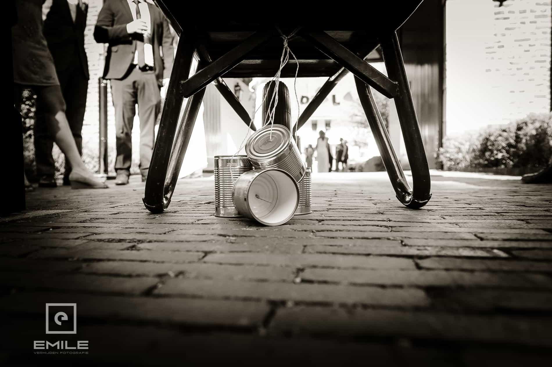Bruidsfotograaf Landgraaf - Winselerhof. Blikken aan de kruiwagen