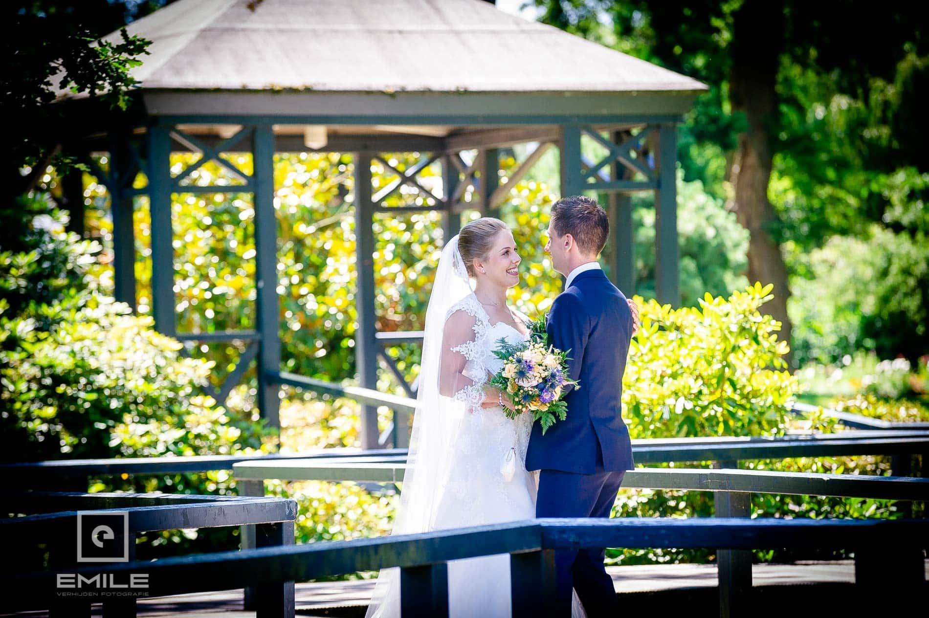 Bruidsfotograaf bij Kasteeltuinen Arcen