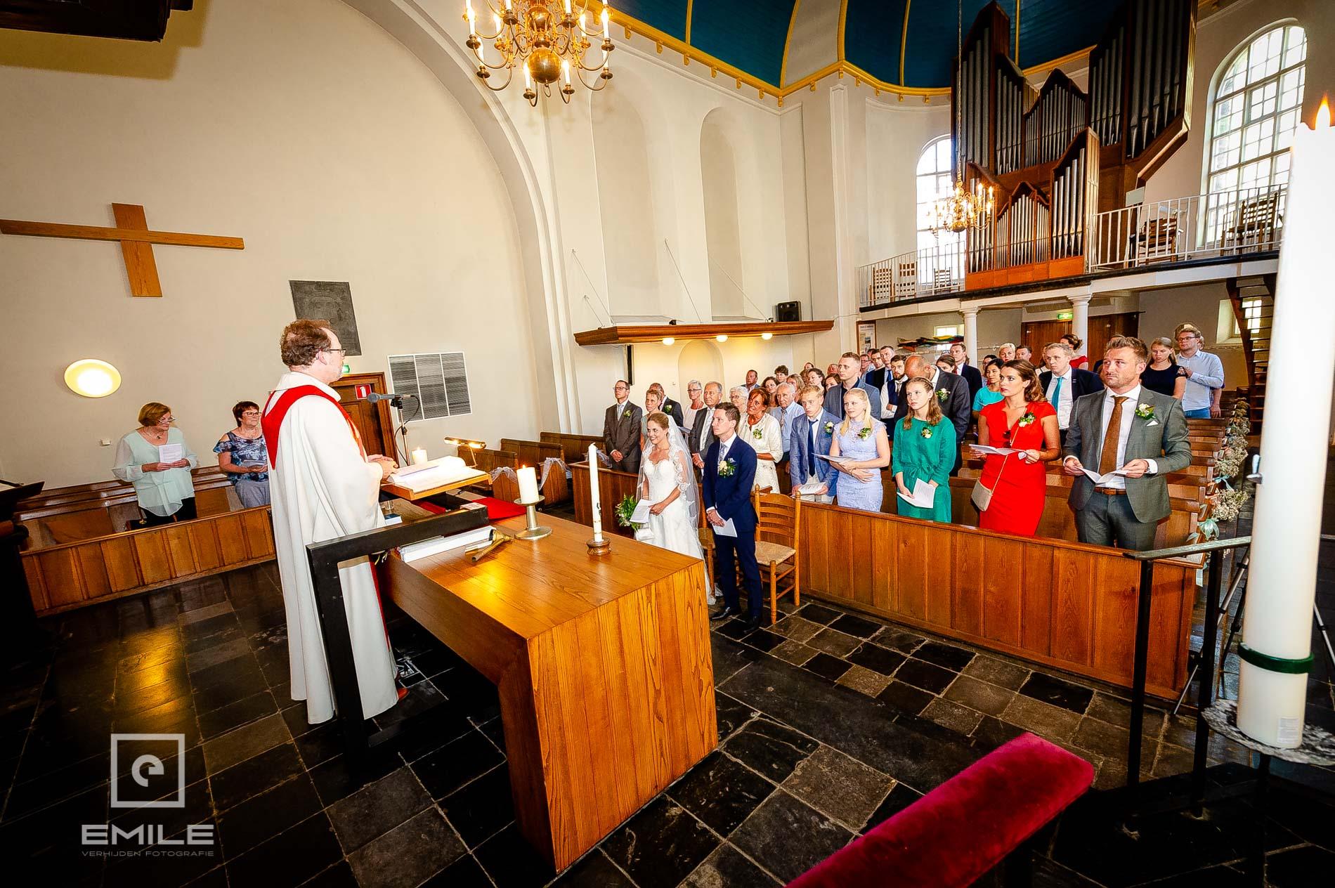 Bruidspaar in de kerk van Venlo