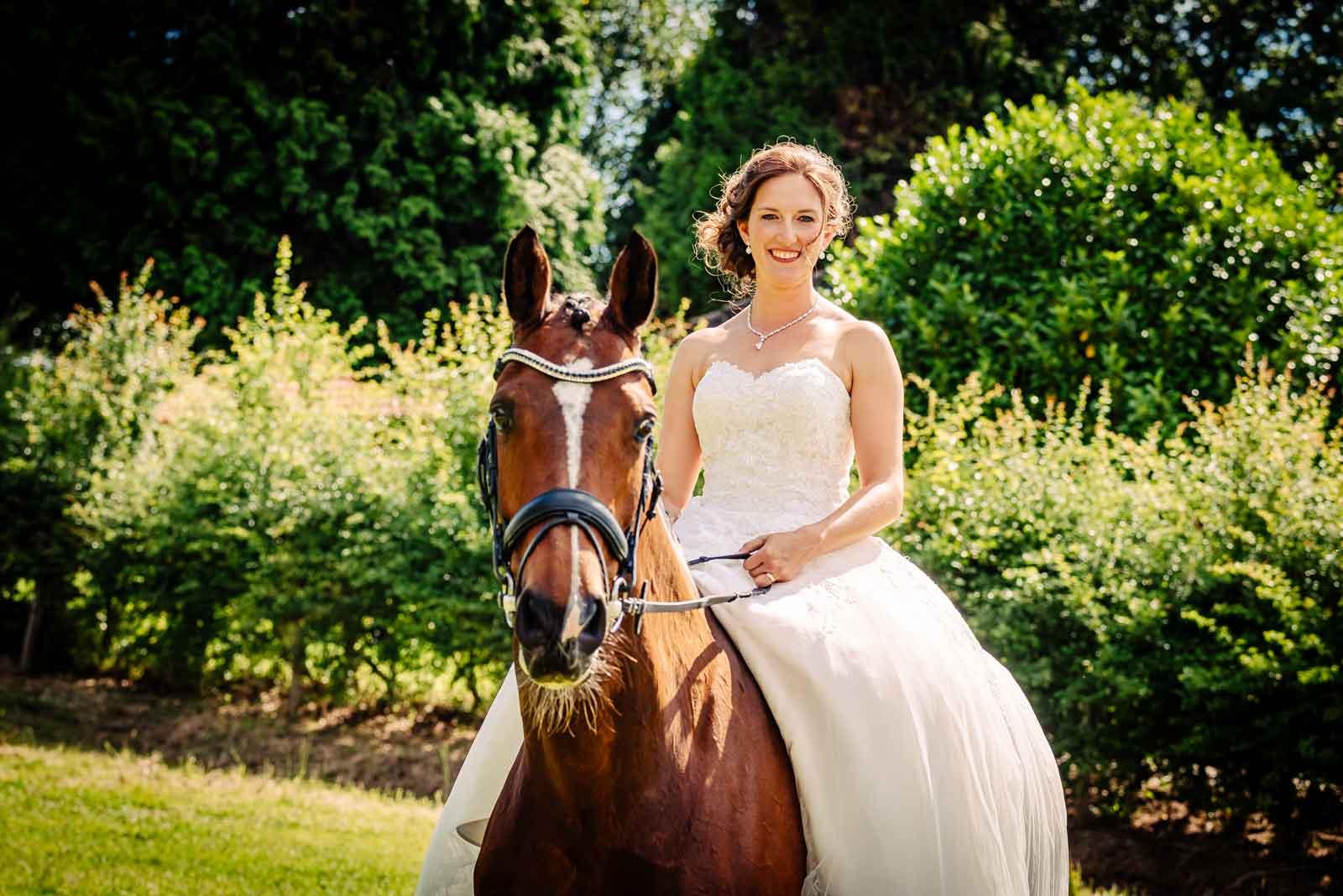 Bruid op paard